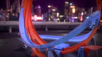 Hot Wheels Massive Loop Mayhem TV Spot, 'Challenge Accepted' - Thumbnail 3