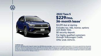 2022 Volkswagen Taos TV Spot, 'Raccoons: Taos' [T2] - Thumbnail 9