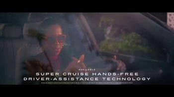 2023 Cadillac LYRIQ TV Spot, 'Flip the Script' Ft. Regina King, Song by DJ Shadow, Run the Jewels [T1] - Thumbnail 7