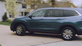 2022 Honda Pilot TV Spot, 'No One Does It Like We Do' Song by Grace Mesa [T2] - Thumbnail 8