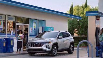 2022 Hyundai Tucson Plug-In Hybrid TV Spot, 'Gas Card: Candy Run' [T1] - Thumbnail 10