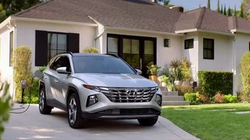2022 Hyundai Tucson Plug-In Hybrid TV Spot, 'Gas Card: Candy Run' [T1] - Thumbnail 2