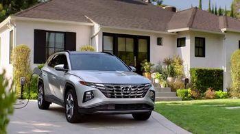 2022 Hyundai Tucson Plug-In Hybrid TV Spot, 'Gas Card: Candy Run' [T1]