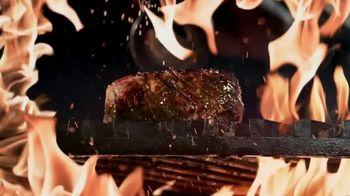 Applebee's Double Crunch Shrimp TV Spot, 'Any Steak Entree' Song by Barry White - Thumbnail 3