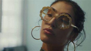 Google Shopping TV Spot, 'Sunglasses' - Thumbnail 6