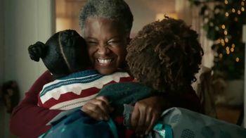 Amazon TV Spot, 'Bear Hug Betty' - Thumbnail 7