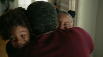 Amazon TV Spot, 'Bear Hug Betty' - Thumbnail 8