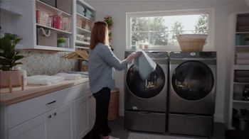 The Home Depot Fall Savings TV Spot, 'In Here: Samsung Kitchen Package' - Thumbnail 4