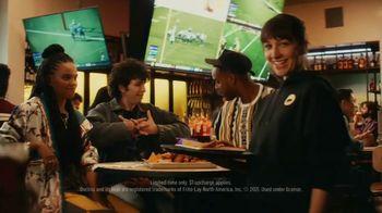 Buffalo Wild Wings Doritos Spicy Sweet Chili Wings TV Spot, 'Rock, Paper, Scissors' Feat. Josh Allen - Thumbnail 2