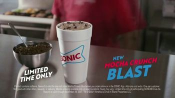 Sonic Drive-In Mocha Crunch Blast TV Spot, 'Order Up' - Thumbnail 7