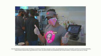 Dunkin' TV Spot, 'Sigue moviéndote con Dunkin'' canción de Powfu [Spanish]