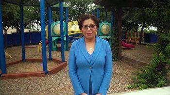 Comcast TV Spot, 'Hispanic Hero Awards: Marisol Salazar' - Thumbnail 6