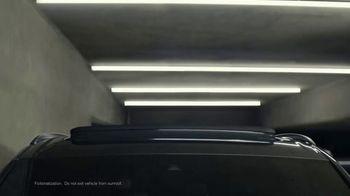 2020 Audi Q7 TV Spot, 'Impossible Park' [T2] - Thumbnail 3