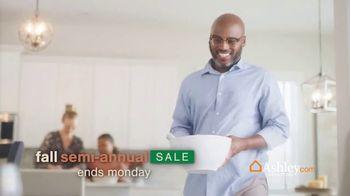 Ashley HomeStore Fall Semi-Annual Sale TV Spot, 'Spice up the Season: 25% off and No Interest'