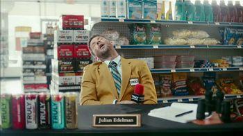 Truly Hard Seltzer TV Spot, 'Rushing the Cooler' Featuring Julian Edelman