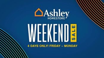 Ashley HomeStore Weekend Sale TV Spot, 'Save 20% Storewide and No Interest' - Thumbnail 1