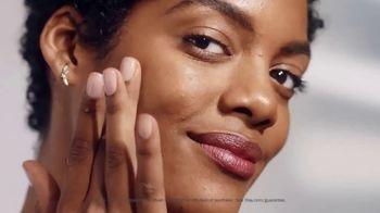 Olay Regenerist Whip SPF 25 TV Spot, 'Face the Sun: Serums' - Thumbnail 8