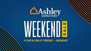 Ashley HomeStore Weekend Sale TV Spot, 'Clearance and Closeout Mattresses'