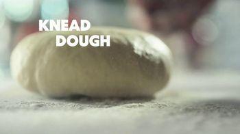 Papa Murphy's Cheeseburger Pizza TV Spot, 'Chow Down: $12' - Thumbnail 2