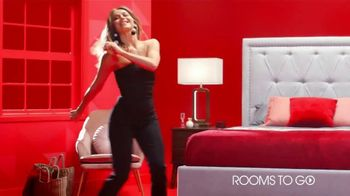 Rooms to Go 30th Anniversary Sale TV Spot, 'Here's to 30 Years' Featuring Julianne Hough - Thumbnail 4