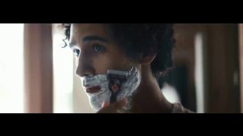 Gillette TV Spot, 'Siempre listo: cartucho gratis' [Spanish] - Thumbnail 2