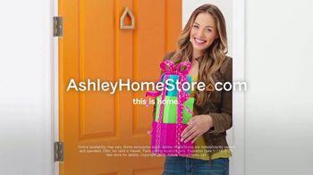 Ashley HomeStore Black Friday Sale TV Spot, '50% Off and 0% Interest' - Thumbnail 6