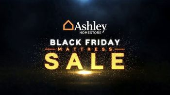Ashley HomeStore Black Friday Mattress Sale TV Spot, 'Hybrid Queen Mattress' - Thumbnail 2