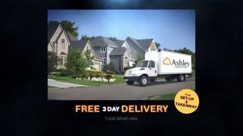 Ashley HomeStore Black Friday Mattress Sale TV Spot, 'Hybrid Queen Mattress' - Thumbnail 4