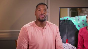 St. Jude Children's Research Hospital TV Spot, 'I'm Looking at St. Jude' Featuring Michael Strahan - Thumbnail 4