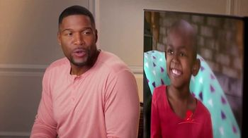 St. Jude Children's Research Hospital TV Spot, 'I'm Looking at St. Jude' Featuring Michael Strahan - Thumbnail 7