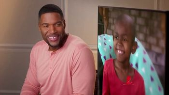St. Jude Children's Research Hospital TV Spot, 'I'm Looking at St. Jude' Featuring Michael Strahan - Thumbnail 8