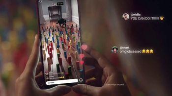Samsung Galaxy TV Spot, 'Holidays: Thinking Outside the Box' - Thumbnail 8