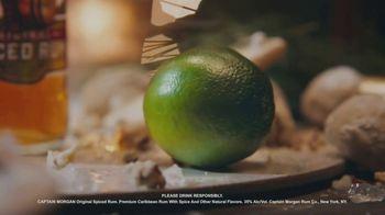 Captain Morgan Original Spiced Rum TV Spot, 'Holidays: Melting Snowman' - Thumbnail 6