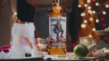 Captain Morgan Original Spiced Rum TV Spot, 'Holidays: Melting Snowman' - Thumbnail 8
