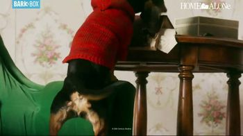 BarkBox Home Alone Box TV Spot, 'Holidays: Spoil the Kevin in Your Life' - Thumbnail 7