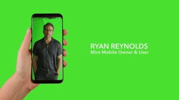 Mint Mobile TV Spot, 'Holidays: Stock Footage' Featuring Ryan Reynolds - Thumbnail 3