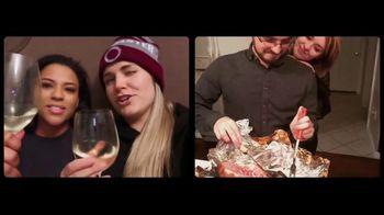 The HoneyBaked Ham Company, LLC TV Spot, 'Raise a Glass' - Thumbnail 7