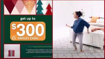 Ashley HomeStore Black Friday Mattress Sale TV Spot, 'Adjustable Mattress Sets' - Thumbnail 4