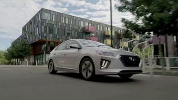 Hyundai TV Spot, 'Going Green' [T2] - Thumbnail 5