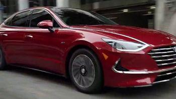 Hyundai TV Spot, 'Going Green' [T2] - Thumbnail 7
