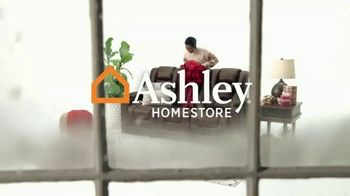 Ashley HomeStore Black Friday Deal Days TV Spot, 'Save up to 50% Off' - Thumbnail 1