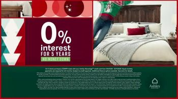 Ashley HomeStore Black Friday Deal Days TV Spot, 'Save up to 50% Off' - Thumbnail 4