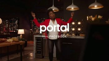 Portal from Facebook TV Spot, 'Portal Holidays: Holiday Happy Hour With Leslie Jones' Song by Dimitri Syde - Thumbnail 1