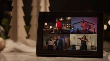 Portal from Facebook TV Spot, 'Portal Holidays: Holiday Happy Hour With Leslie Jones' Song by Dimitri Syde - Thumbnail 8