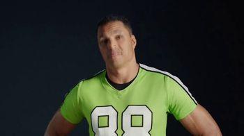 Wonderful Pistachios TV Spot, 'Goalpost' Featuring Tony Gonzalez - Thumbnail 3