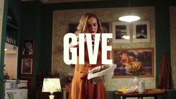 MasterClass TV Spot, 'Holidays: 'tis the Season to Give and to Get' Song by Brittany Pfantz - Thumbnail 6
