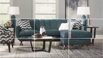 Rooms to Go Holiday Sale TV Spot, 'Perfect Look: Sectionals and Dining Sets' - Thumbnail 3