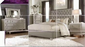 Rooms to Go Holiday Sale TV Spot, 'Perfect Look: Sectionals and Dining Sets' - Thumbnail 9