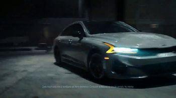 2021 Kia K5 GT TV Spot, 'Stunt Wars' [Spanish] [T1] - Thumbnail 2