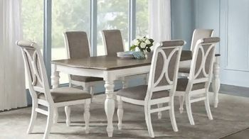 Rooms to Go Holiday Sale TV Spot, '$877 Table & Side Chairs' - Thumbnail 2